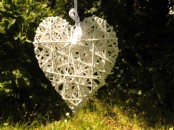 Meduim White Wicker Hanging Heart