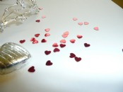 Small  Heart  Metallic  Table Confetti