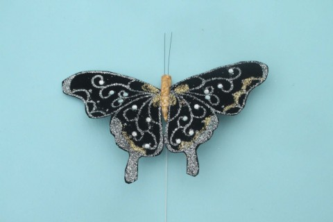 For wedding venue table decorating Has a wingspan of approx 12cm