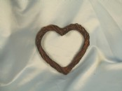 15cm Willow Heart Wreath