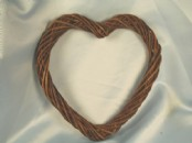 24cm Willow Heart Wreath