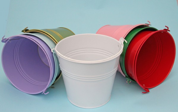 Coloured Bucket Favours x 10