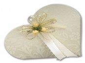 Diamante Heart Favour Boxes  x 10